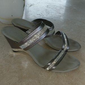 Onex silver rhinestone shoes
